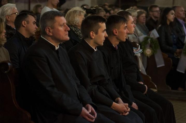 У чернівецькій римо-католицької церкві відбувся концерт органної та класичної музики