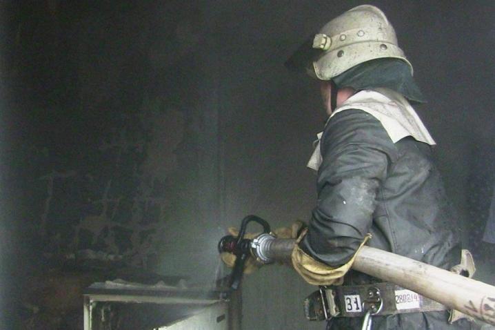 40-річний прикарпатець отримав на пожежі до 95% опіків тіла