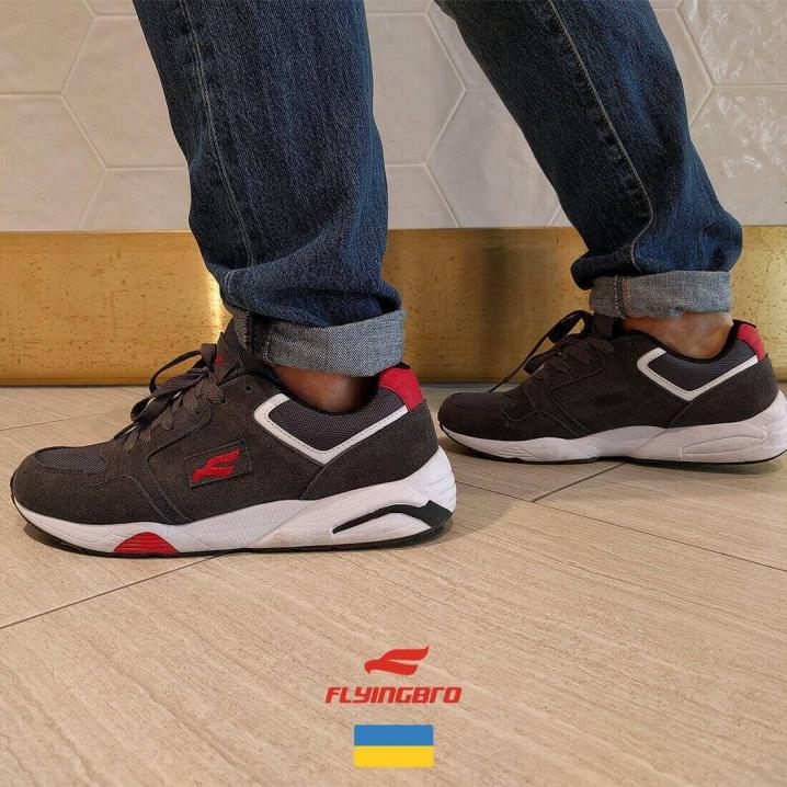 В Україні почали робити кросівки рівня Nike та Adidas » Чернівецький ... b987ad5abb05f