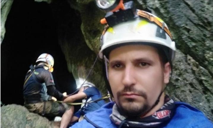 Чернівчанин розповів, як рятував дітей із печери у Таїланді