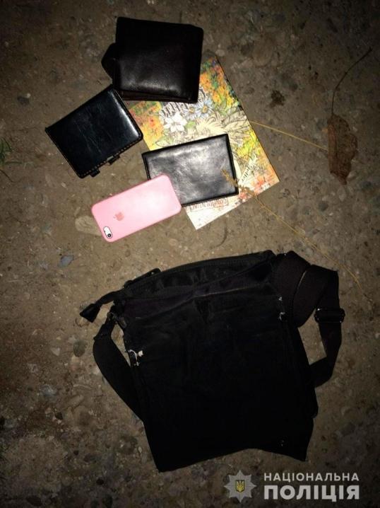 У Чернівцях піймали кишенькаря, який вкрав у маршрутці IPhone
