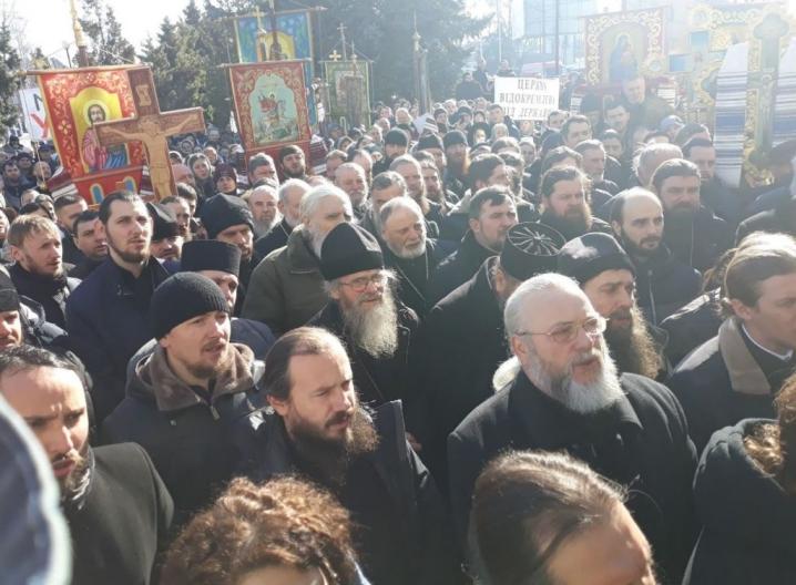 У Глибокій протестували священники та віряни УПЦ МП на чолі з отцем Михайлом Жаром