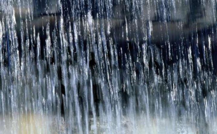 На Прикарпатті очікуються сильні опади, вода у річках підніметься ще до 2,5 метрів - очікується затоплення сільськогосподарських угідь. У горах можливі селеві потоки