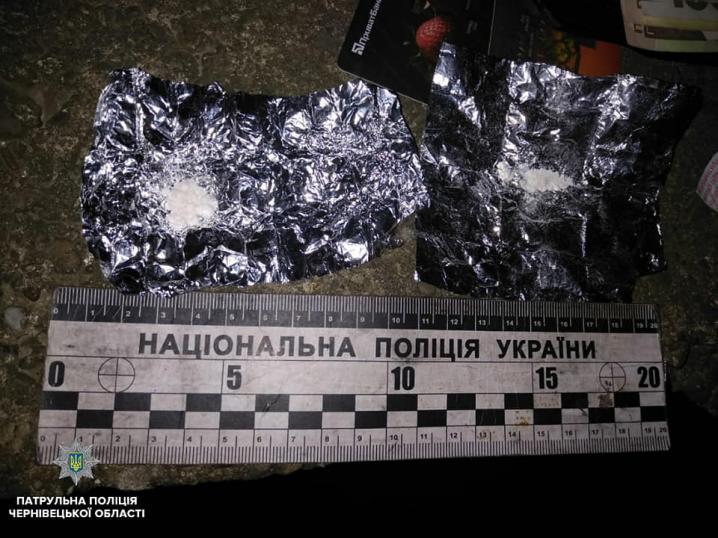 У Чернівцях затримали нетверезого водія з наркотиками