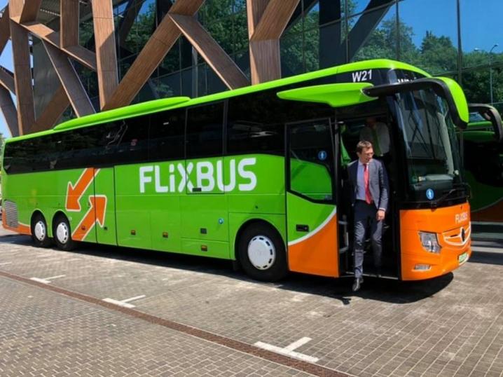 Найдешевший автобусний лоукостер запустить рейси з Чернівців до країн Європи