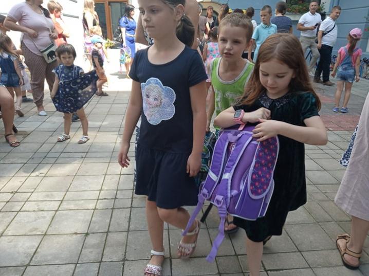Віталій Михайлішин організував свято для чернівецьких першокласників