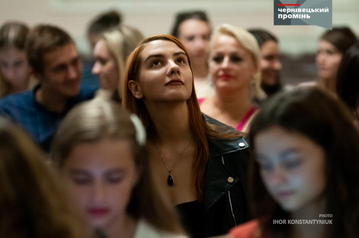 Чернівецький «Театр на перехресті» повезе на театральний фестиваль «наркотичну виставу»