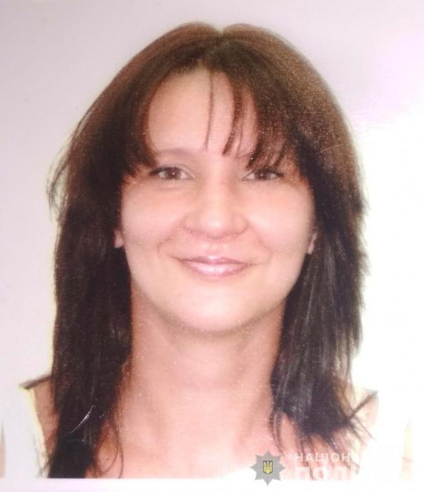Поліція Чернівців розшукує безвісти зниклу жінку