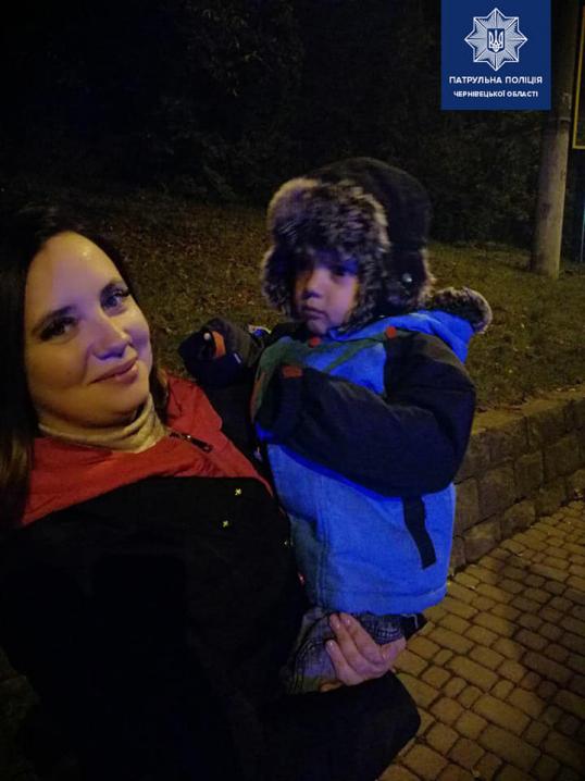 У Чернівцях на вокзалі затримали п'яну жінку з маленьким сином
