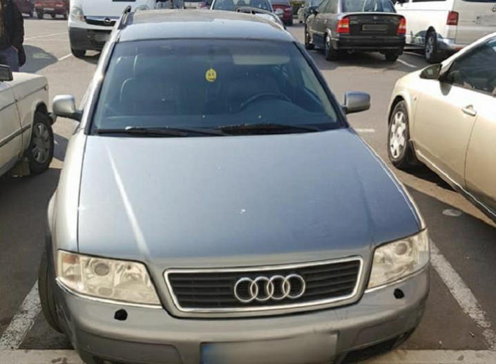 У Чернівцях виявили автомобілі з однаковими номерними знаками