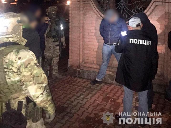 У Чернівцях затримали злочинну групу,  яка виготовляла фальшиві гроші