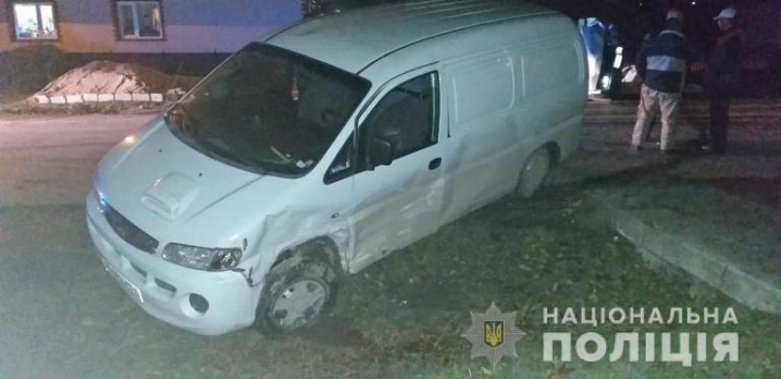 На Сокирянщині п'яний водій збив трьох людей