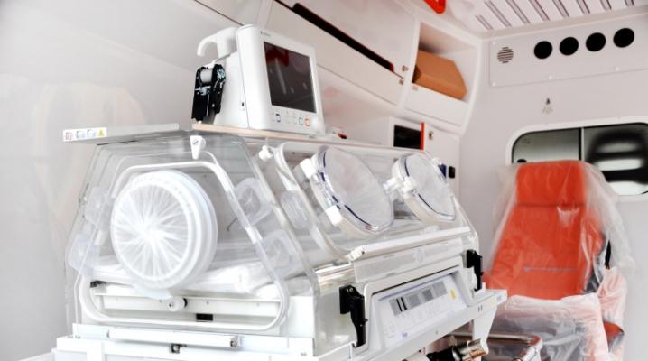 Обласна дитяча лікарня отримала сучасний реанімобіль вартістю 5,5 мільйонів гривень