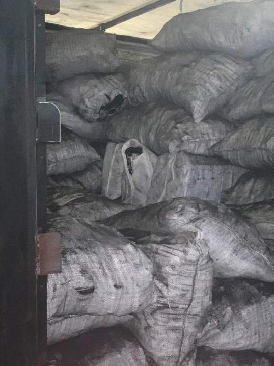 Замість деревного вугілля до Румунії намагалися вивезти сигарети