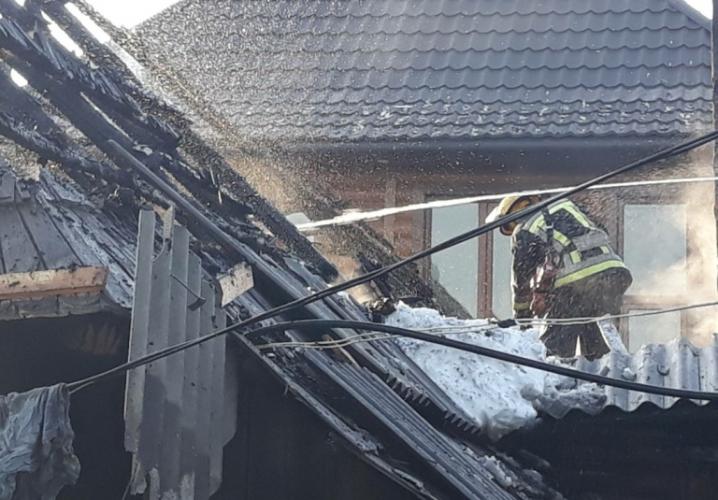 На Сторожинеччині згорів житловий будинок