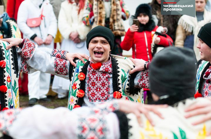 Буковинські маланкарі відтворили для чернівчан різдвяні традиції