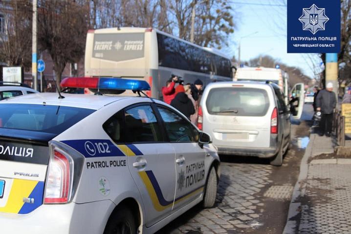 У Чернівцях перевірили, чи пропускають водії спецтранспорт