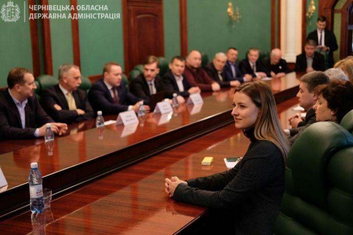 Для голів ОТГ Буковини латвійські фахівці провели навчання