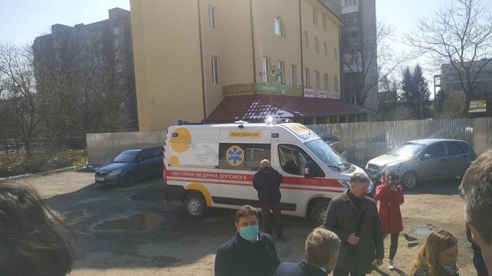 Обласній дитячій лікарні подарували апарат ШВЛ