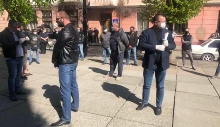 Через карантин на протест вийшли підприємці Калинівського ринку