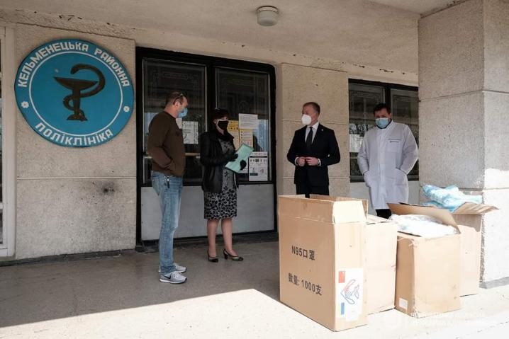 Медичні заклади Буковині  отримали допомогу для боротьби з коронавірусом від Офісу Президента