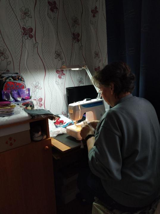Громадські активісти Чернівців продовжать збір коштів для пошиву багаторазових масок