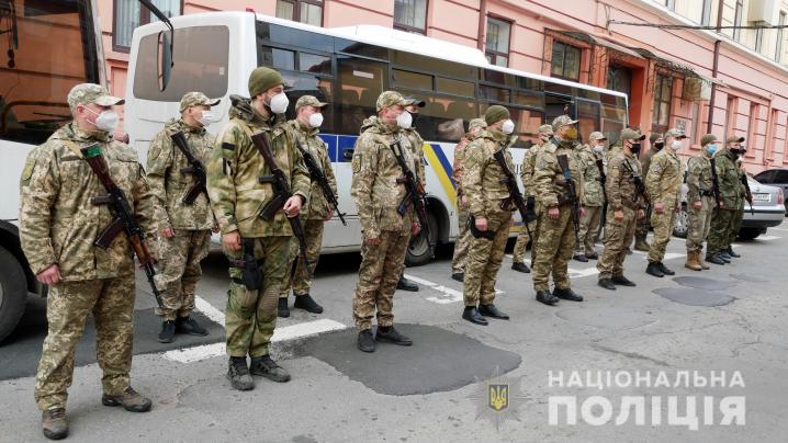 На Буковину повернулися правооохоронці, які несли службу на Сході України