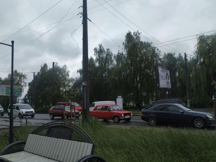 Як завжди почали ремонт і залишили його: чернівчани обурюються через незавершені роботи на Руській