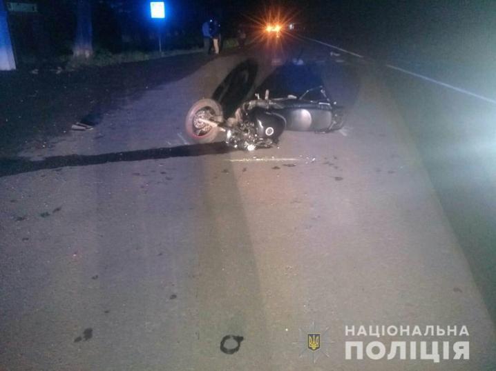 У ДТП на Кельменеччині травмувався мотоцикліст