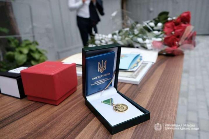 Сергій Осачук привітав з професійним святом епідеміологів та вірусологів