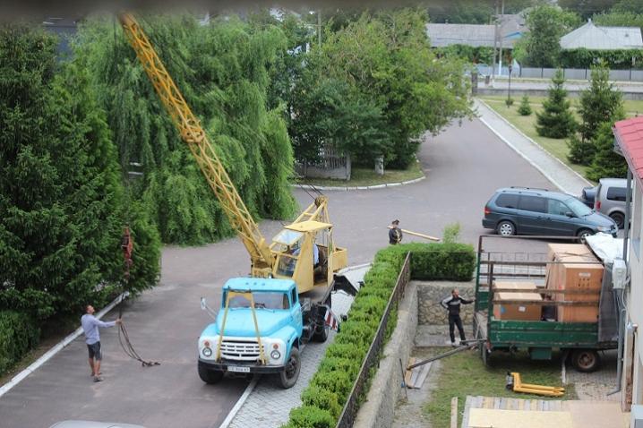 Сокирянська районна лікарня отримала сучасний томограф