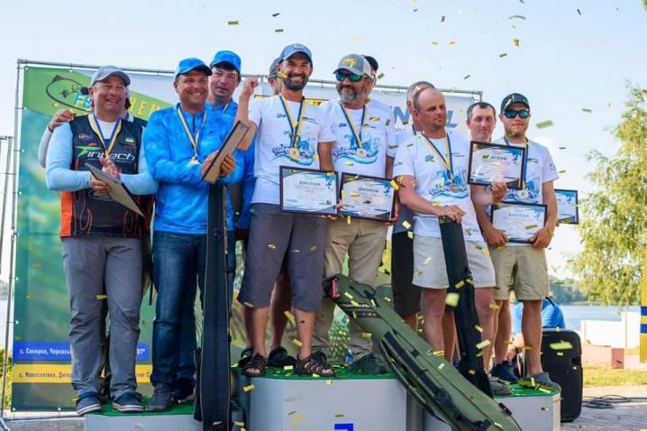 Рибалки з Чернівців стали призерами чемпіонату України з ловлі хижої риби