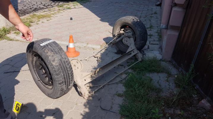 ДТП на вулиці Головній: жінці відірвало гомілку