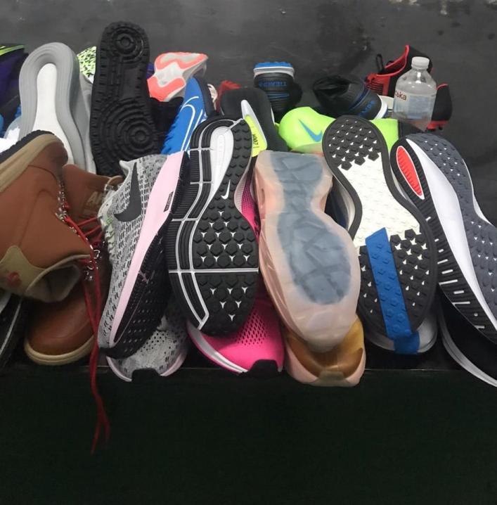 Чернівчанин намагався ввезти до України взуття на понад 150 тисяч гривень