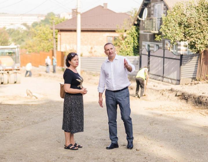 Капремонт частини вулиці Кармелюка завершать до кінця року