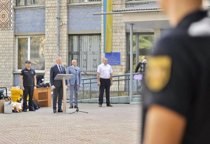«Дякую за вашу самовіддану службу. Слава рятівникам України!» – Сергій Осачук