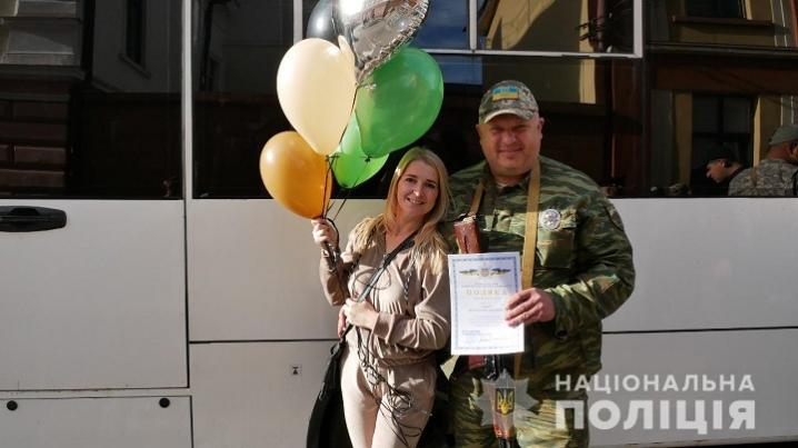 На Буковину із зони проведення ООС повернулися правоохоронці