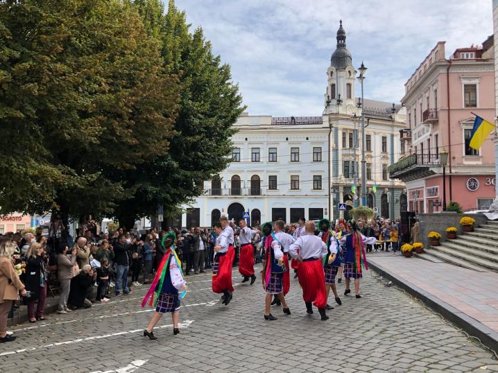 У Чернівцях відбулися урочистості з нагоди дня міста – фото