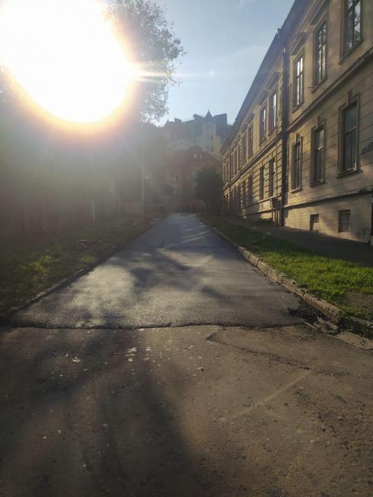 У Чернівцях відремонтували одну з найбільш зруйнованих доріг