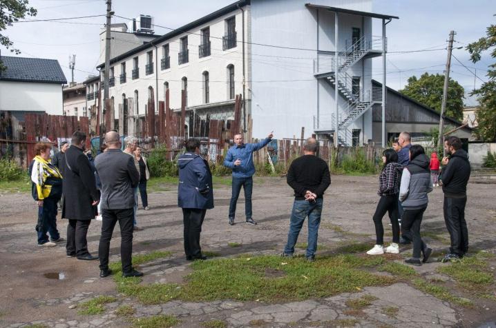 За ініціативи Віталія Михайлішина у центрі міста відновлять спортивний майданчик для трьох шкіл
