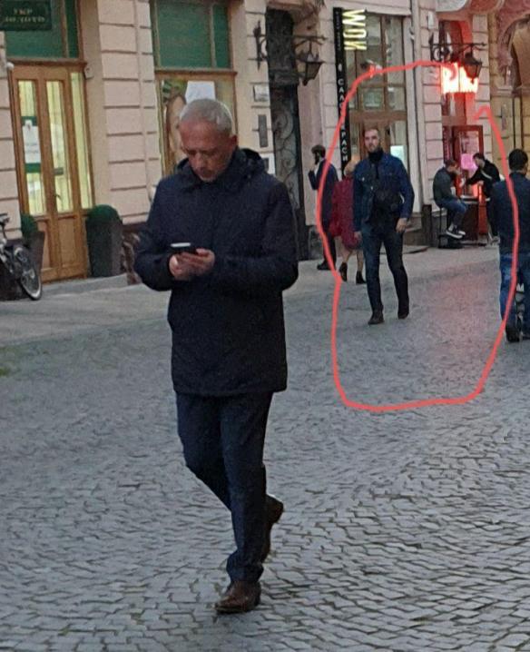 Охоронці Клічука не пустили Каспрука до нього на дебати  - відео