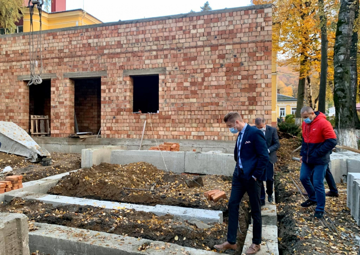Об'єкти «Великого будівництва» на Буковині перевірила моніторингова група Мінрегіону
