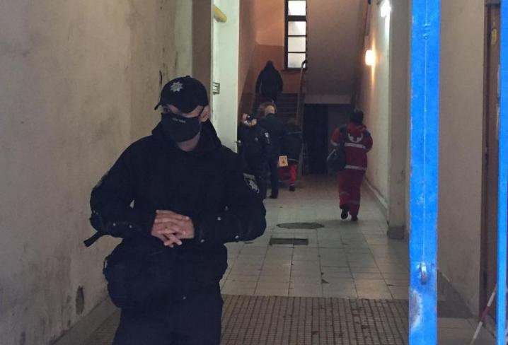У Чернівцях голові міської ТВК стало зле під час засідання комісії: викликали швидку