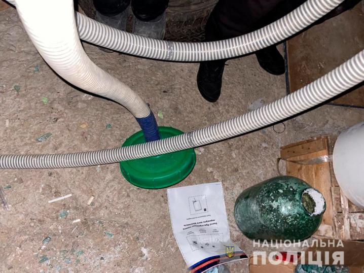 У Чернівцях зупинили діяльність групи наркоділків: стали відомі подробиці