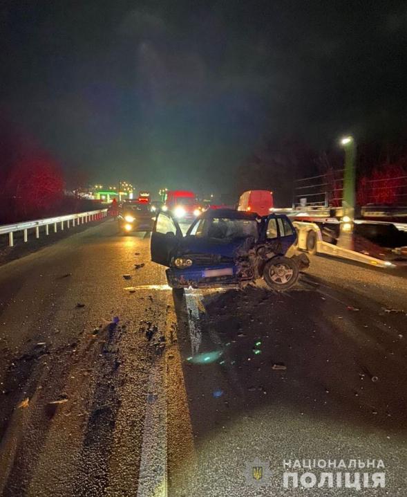 Смертельне ДТП на Буковині: зіткнулися три автівки