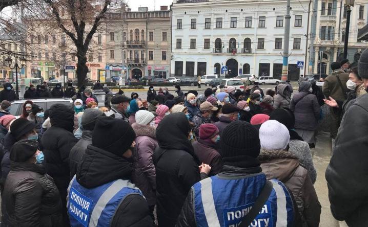 Протести під міськрадою: ні мер, ні заступники Клічука не здогадалися самі вийти до людей