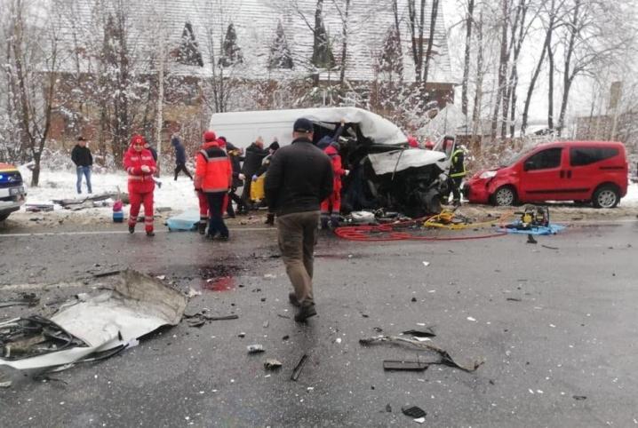 У потрійній аварії на Львівщині помер 48-річний буковинець