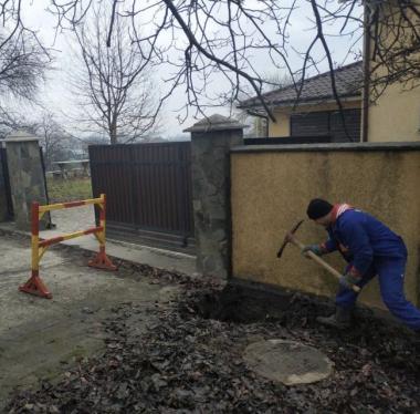 У Чернівцях на вулиці Воробкевича провели роботи по ліквідації витоку на водопровідному вводі