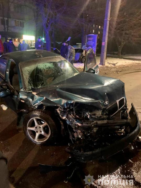 Стали відомі подробиці аварії на вулиці Героїв Майдану: троє потерпілих