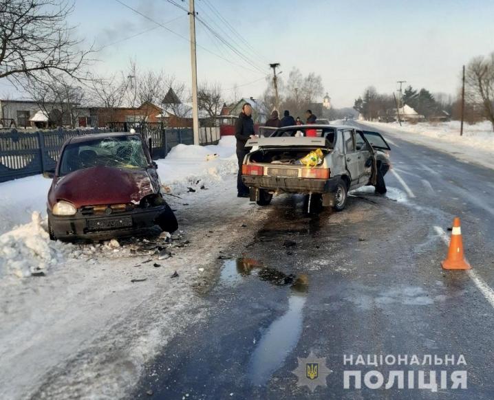 На Буковині за минулі вихідні сталося 3 аварії: травмувались 5 людей
